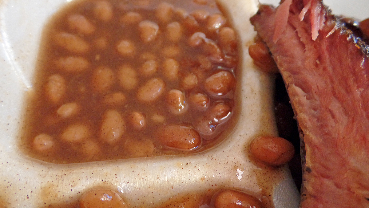 edees-place-bbq-baked-beans