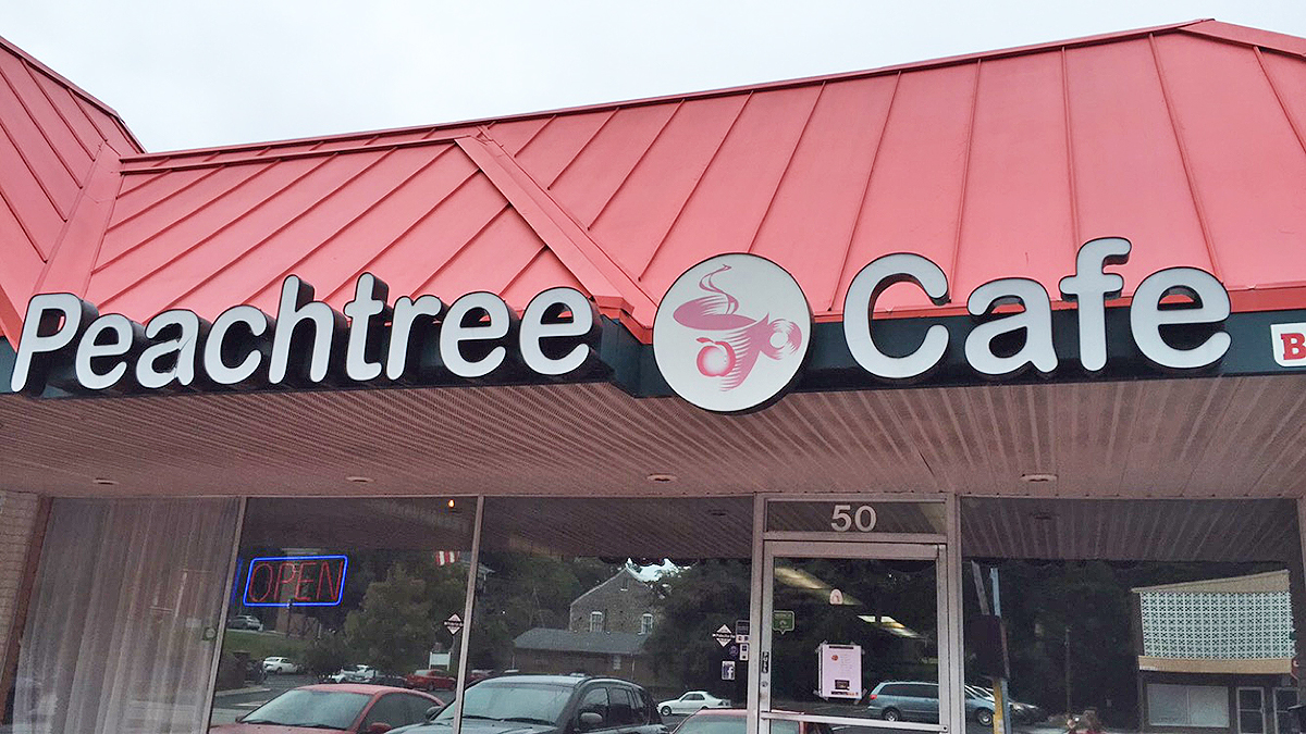 the-peachtree-cafe-Lawrenceville-ga
